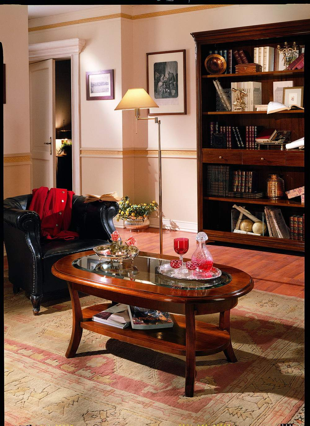 Tavolino Da Salotto Arte Povera.Tavolino Da Salotto Ovale Con Piano In Vetro Df Mobili Classici