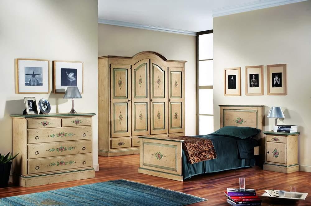 Camera da letto finitura avorio anticato df mobili - Letto tappezzato ...