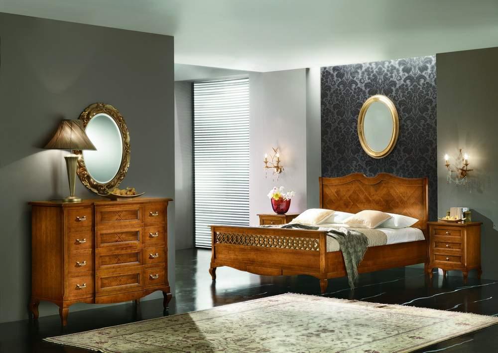 Gruppo letto sagomato intarsiato df mobili classici - Letto tappezzato ...
